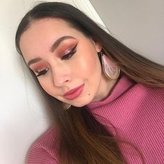 "9 Likes, 1 Comments - Ashley Maree | Melbourne 🇦🇺 (@ashleymareebeauty) on Instagram: ""I'm not sure which #HudaBeauty eyeshadow palette I like better 🤔 would you guys like a comparison…"""