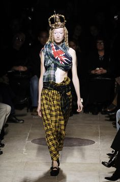 Comme des Garçons at Paris Fashion Week, Spring/Summer 2006
