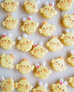 Macarons, Macaron Cookies, Macaron Recipe, Creative Desserts, Cute Desserts, Cute Bento Boxes, Cute Baking, Kawaii Dessert, Easter Weekend