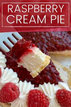 Raspberry Cream Pie Raspberry Cream Cheese Pie with frozen raspberries Raspberry Cream Pie has a sweet cheesecake layer topped by a fresh raspberry layer inside an easy and convenient store-bought graham cracker crust Cream Cheese Pie, Cheese Pies, Food Cakes, Raspberry Cream Pies, Raspberry Cream Cheese Recipe, Easy Raspberry Pie Recipe, Rasberry Pie, Biscuits Graham, Cream Pie Recipes