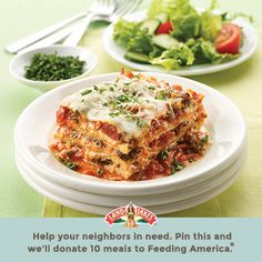 Deep Dish Pizza Lasagna combines two of your favorite dinner obsessions. This is where pizza and pasta lovers will find Italian Dishes, Italian Recipes, Great Recipes, Holiday Recipes, Pasta Recipes, Cooking Recipes, Vegetarian Recipes, Healthy Recipes, Vegetarian Lasagne