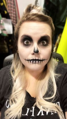 Skeleton Queen Halloween Bundle This Easy Skull Makeup Tutorial Is So Simple A Numskull Could Do It EXCLUSIVE The post Skeleton Queen Halloween Bundle appeared first on Halloween Makeup. Easy Skeleton Makeup, Skeleton Makeup Tutorial, Halloween Skeleton Makeup, Unique Halloween Makeup, Skeleton Face Paint Easy, Scary Halloween, Halloween Stuff, Skeleton Costume Women, Halloween Costumes