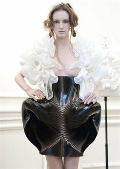 Wearable Art - 3D-printed dress with complex sculptural design both organic & futuristic; fashion architecture // Iris van Herpen