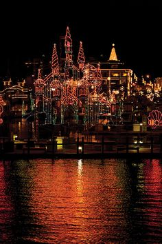 Winter Holiday Travel? Coeur d'Alene Resort's 27th Annual Holiday Light Show