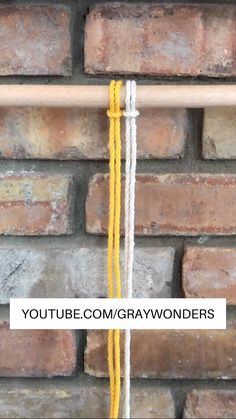 Rope Crafts, Diy Home Crafts, Diy Crafts Videos, Diy Crafts To Sell, Macrame Design, Macrame Art, Macrame Projects, Diy Bracelets Easy, Bracelet Crafts