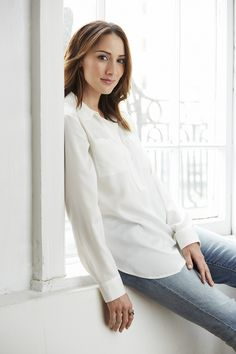 Hollywood's Shimmering Star: Actress Bree Turner Talks 'Grimm's Fairy Tales' and the Renaissance Era of Television Series Grimm Cast, Nbc Grimm, Grimm Tv Show, Bree Turner, Rosalee Calvert, Grimm Series, Tv Series, Gorgeous Women, Beautiful People