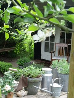 1000 images about decoratie tuin decoration garden on pinterest bloemen met and hanging - Outdoor tuin decoratie ideeen ...