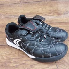 SIZE-UK-11-5-F-CLARKS-CICA-BLACK-LEATHER-ASTRO-TURF-TRAINERS-SCHOOL-SHOES