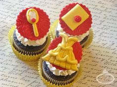 Be our guest and follow this easy step-by-step tutorial to create Beauty and the Beast cupcakes to tell a sweet tale as old as time!