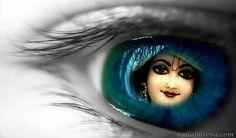 Worship Lord Krishna to Remove sins & attain Moksha Krishna Statue, Krishna Leela, Jai Shree Krishna, Radha Krishna Photo, Radha Krishna Love, Hare Krishna, Radha Krishna Sketch, Lord Krishna Images, Radha Krishna Pictures