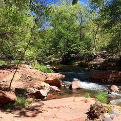 Creekside relaxation at L'Auberge #laubergecreekside #springdesedona