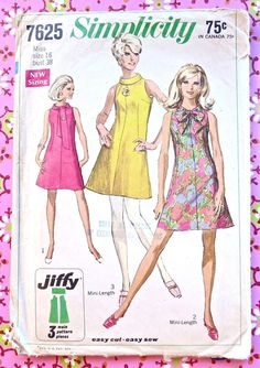Simplicity 7625  Vintage 1960s Womens Dress Pattern by Fragolina, $8.00