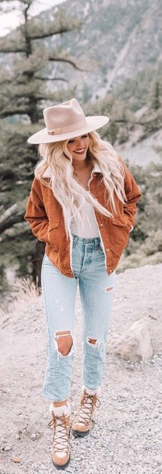 Hiking in style georgiedaveyy souterwear s Mode Country, Estilo Country, Country Style Outfits, Southern Outfits, Country Style Fashion, Southern Clothing, Rustic Outfits, Southern Fashion, Country Casual