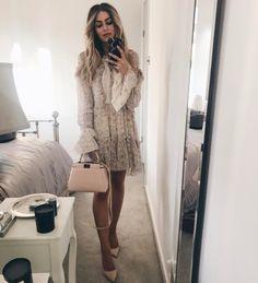 #lydiaelisemillen #lace #nudeshoes