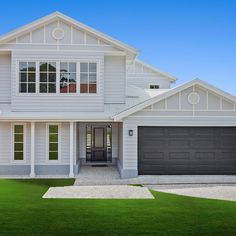 White garage instead. Hamptons style in south Brisbane, check out a recently completed custom home. Hamptons Style Homes, Hamptons House, The Hamptons, House Cladding, Facade House, House Exteriors, Facade Design, Exterior Design, House Design