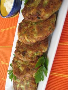 Easy 30 minute recipes for weekday cooking - Blog - Surprise! These 'Crab' Cakes are Made withZucchini; requires Italian herb seasoning, Old Bay Seasoning, lemon juice and capers.