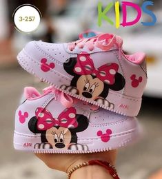 Toddler Girl Shoes, Baby Girl Shoes, Cute Baby Girl, Cute Babies, Kid Shoes, Little Girl Outfits, Cute Outfits For Kids, Toddler Outfits, Baby Boy Outfits