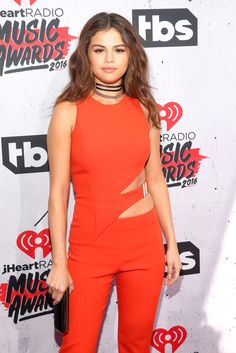 The only thing at the VMA's hotter than Selena Gomez's performance was her red carpet look.