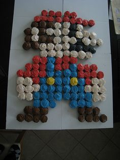 Mario Cupcake Cake, this would be cute for Carter! @Jess Liu Behling