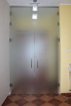 sklenené dvere satinato