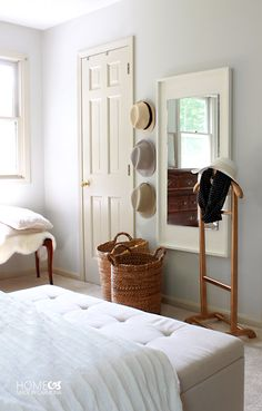 The best DIY projects & DIY ideas and tutorials: sewing, paper craft, DIY. Diy Crafts Ideas Do you ever go to a store and find a piece of furniture that you love, but it's SO expensive? Create this knock-off West Elm mirror Colorful Lamp Shades, Diy Mirror, Mirror Bedroom, Mirror Crafts, Wall Mirror, Painted Rug, Pottery Barn Inspired, Expensive Houses, Up House