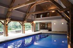 villa binnenzwembad