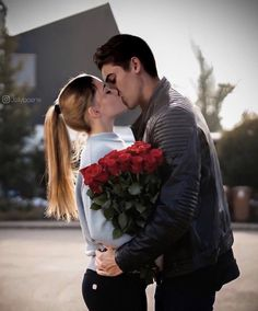 Cute Couples Kissing, Cute Couples Goals, Best Friend Pictures, Couple Pictures, This Kind Of Love, Cute Love, Chris Wood Vampire Diaries, Best Teen Movies, Funny Valentines Day Quotes
