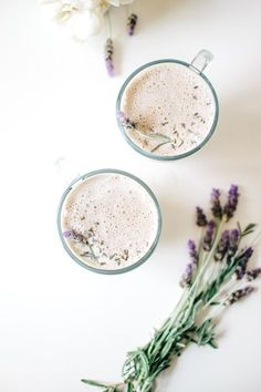 12 Hot Chocolate And Tea Recipes That You'll Want To Make All Winter – Gesundes Abendessen, Vegetarische Rezepte, Vegane Desserts, Yummy Drinks, Healthy Drinks, Healthy Recipes, Healthy Food, Healthy Nutrition, Drink Recipes, Hot Tea Recipes, Healthy Bedtime Snacks, Juicer Recipes