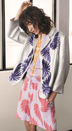 Veste, chemise en coton et short en viscose #DriesVanNoten. #LeBonMarche #Women #pe2016 #ss2016 #fashion