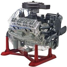 TECH NOTES This is the 1/4 Scale Visible V-8 Engine Plastic Model Kit by Revell. 2008 Parents Choice Award - Silver Honor 1995 Doing & Learning Toys Suitable for Ages 12 & Up. FEATURES: Highly detaile