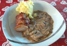 Baconbe tekert szűzpecsenye gombaszósszal és krumplipürével   NOSALTY Mashed Potatoes, Bacon, Curry, Pork, Beef, Cooking, Ethnic Recipes, Diet, Whipped Potatoes