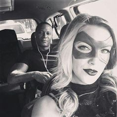 UPDATE: While the verdict is still out about Black Canary's possible costume upgrade – we still have yet to see any official Season 4 photos of Katie Cassidy in costume – Cassidy … Arrow Cast, Arrow Tv, Dc Comics, Black Canary, Emily Arrow, Series Dc, David Ramsey, Dinah Laurel Lance, Lance Black