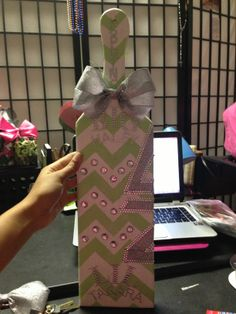 My half of the paddle my twin and I made our Big! #utadeltazeta #deltazeta