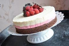 Moussetårta med smak av hallon & vit choklad – Therése mat & bak Banana Cream, Food N, Dessert Recipes, Desserts, I Foods, Mousse, Tart, Cheesecake, Nom Nom