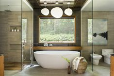 In Asian bathroom design, we see the zen-inspired use of these elements that are sure to make you feel calm and serene. The Feng Shui influence brings Asian Bathroom, Japanese Bathroom, Natural Bathroom, Small Bathroom, Master Bathroom, Tranquil Bathroom, Master Baths, Dream Bathrooms, White Bathroom