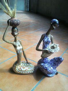 africanas en cerámica, por @laura.escobar2110 Manitas Mágicas!!!