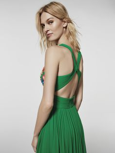 Photo of green cocktail dress (62038) GRIEGA long sleeveless dress