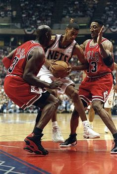 Kerry Kittles of the New Jersey Nets in action against Michael Jordan and Scottie Pippen of the Chicago Bulls during the NBA Playoffs round 3 game at. Basketball Tricks, I Love Basketball, Michael Jordan Basketball, Basketball Skills, Basketball Legends, Basketball Motivation, Jordan 13, Basketball Playoffs, Basketball Uniforms