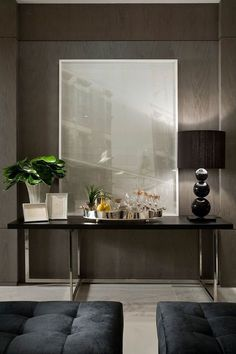 Today Home Decor Ideas presents you top 50 modern console tables to inspire your home decoration. Check out these nice examples to inspire you! Foyer Design, Console Design, House Design, Wall Design, Lobby Design, Design Hotel, Design Art, Home Interior, Interior Architecture