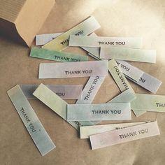 ロウソクとアイロンで出来る!蠟引き紙の作り方まとめ   marry[マリー] Wedding Tags, Wedding Paper, Diy Wedding, Tape Crafts, Diy And Crafts, Menu Book, Paper Pop, Wine Tags, Message Card
