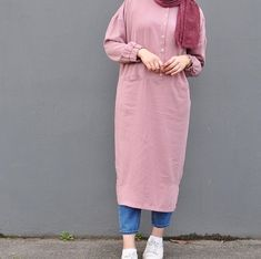 How to wear pink shirt chic New ideas Hijab Fashion Summer, Modest Fashion Hijab, Modern Hijab Fashion, Street Hijab Fashion, Hijab Style Dress, Casual Hijab Outfit, Hijab Chic, Fashion Outfits, Style Fashion