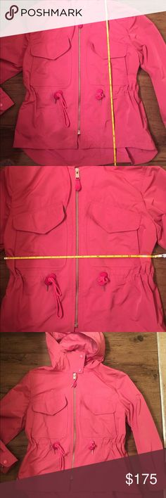 "COACH raincoat/windbreaker 🌺 This authentic COACH raincoat/windbreaker is a must have. It is perfect for spring/fall weather and even summer rains! It is size M, however, in my opinion it runs a big big. Drawstrings around waists for a cute and adjustable fit. Hardly ever worn. No visible wear. Excellent condition. Dimensions are around 28"" long and 19"" from side to side. Authentic. ID# F86465 Coach Jackets & Coats"