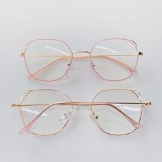 Glasses Frames Trendy, Fake Glasses, Glasses Trends, Lunette Style, Accesorios Casual, Tattoo Und Piercing, Fashion Eye Glasses, Cute Sunglasses, Optical Glasses