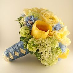 Bouquet Blue Yellow Green