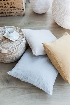 Grey Fashion, Pantone Color, Decoration, Color Trends, Beige, Throw Pillows, Interior Design, Grey Style, Home