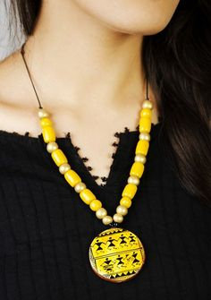 warli terracotta pendants - Google Search Funky Jewelry, Fashion Jewelry Necklaces, Trendy Jewelry, Clay Jewelry, Fashion Necklace, Wooden Jewelry, Fashion Jewellery, Wooden Beads, Women's Fashion
