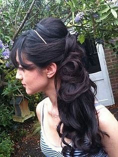 another side ponytail