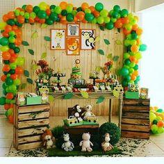 New Baby Shower Ideas Safari Decoration Animal Party Ideas Safari Theme Birthday, Jungle Theme Parties, Wild One Birthday Party, Safari Birthday Party, Baby Boy 1st Birthday, Boy Birthday Parties, Baby Party, Safari Decorations, Shower Bebe