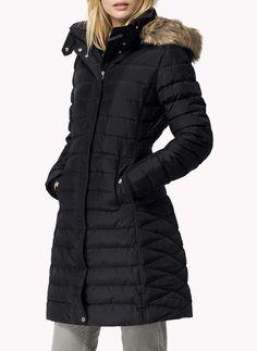 Dámské bundy a kabáty s až 70% slevami. Značky Tommy Hilfiger 5cb60e8f9e