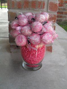 Cake pop bouquet